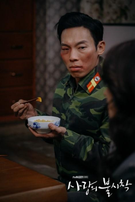 愛の不時着,ピョ・チス,ヤン・ギョンウォン